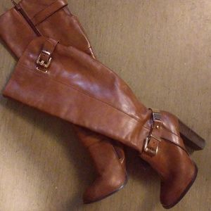 New Aldo size6 knee high brown leather boots